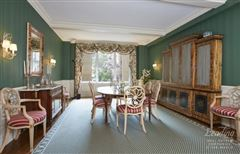 Luxury properties Welcome to this classic 8 Park Avenue home