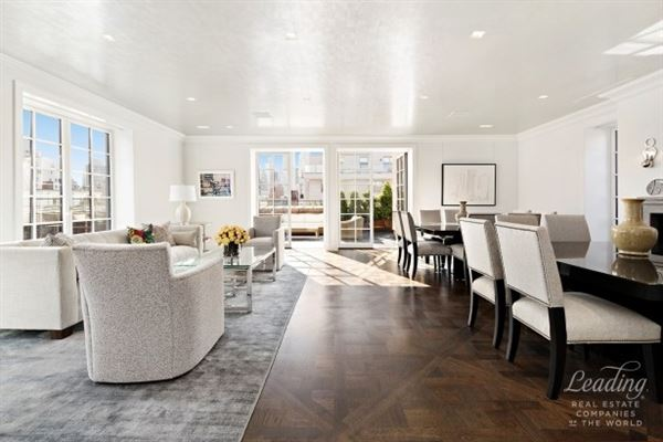 Prewar Penthouse Condominium in new york luxury homes
