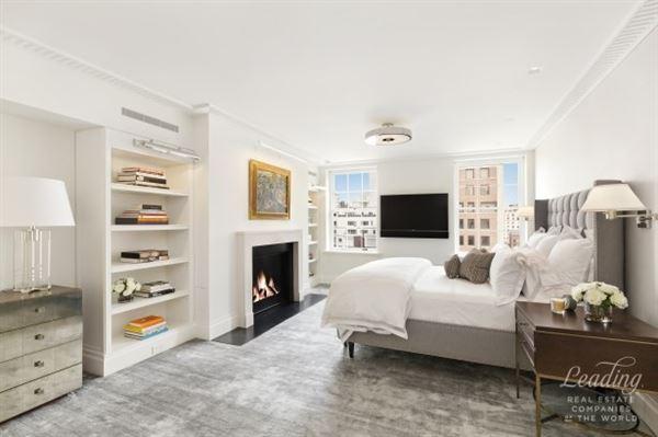 Mansions Prewar Penthouse Condominium in new york