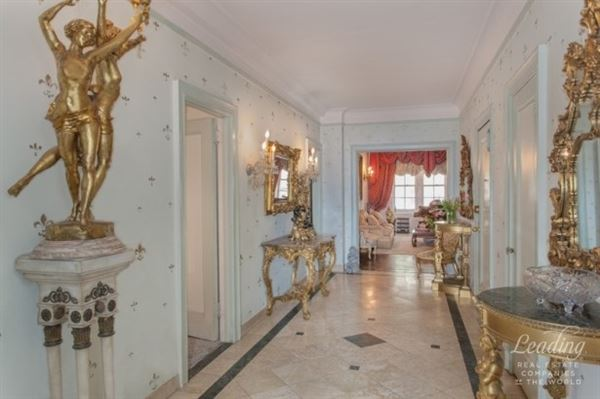 elegant apartment in premier prewar co-op luxury real estate