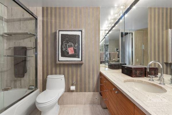award-winning Museum Tower Condominium luxury homes
