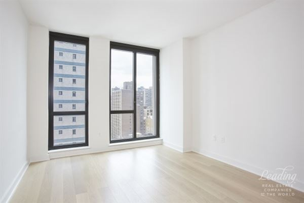 lovely light-filled unit and northern city views luxury real estate