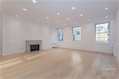Mansions in newly renovated upper east side townhouse