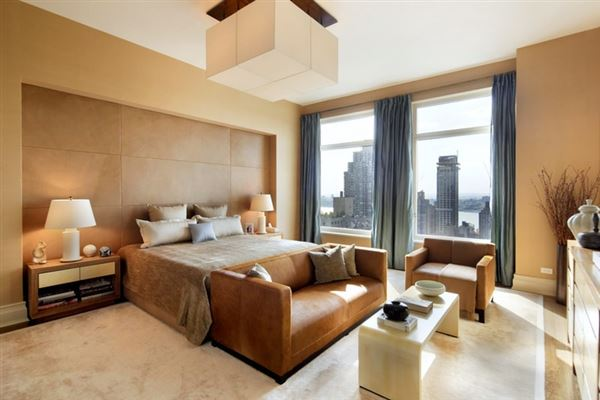 sought-after condominium building in new york luxury homes