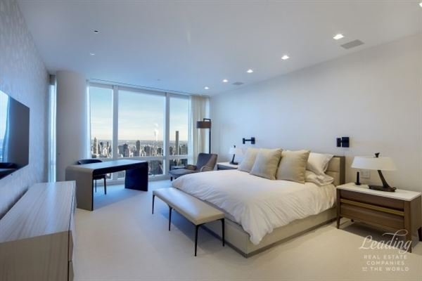 Luxury real estate incredible duplex at the Time Warner Condominium
