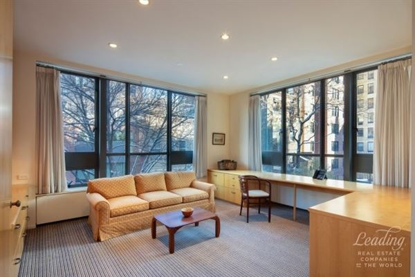 Luxury homes Milbank House