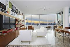 Luxury homes EXPANSIVE MASTERPIECE ON THE HUDSON RIVER