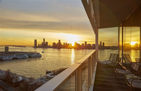 Luxury real estate EXPANSIVE MASTERPIECE ON THE HUDSON RIVER