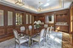 Mansions in impeccable, grand residence in new york