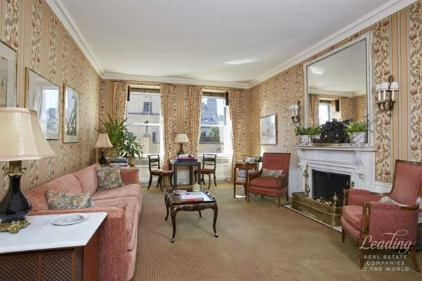 MAGNIFICENT FULL FLOOR residence in new york luxury properties