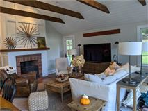 Luxury properties Charming and recently updated farmhouse
