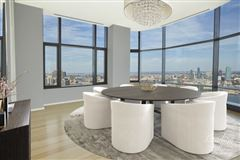 Luxury properties Spectacular full floor 5 Bedroom