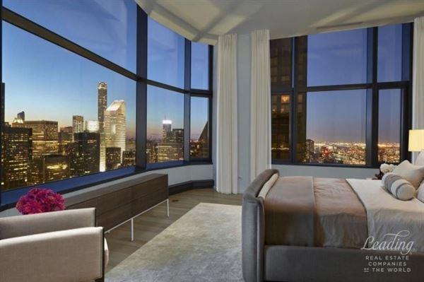 Luxury real estate Spectacular full floor 5 Bedroom