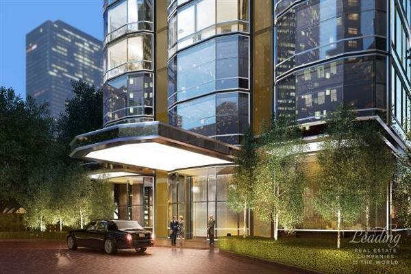 Spectacular full floor 5 Bedroom luxury real estate