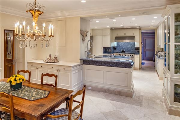 life atop a power corner luxury homes