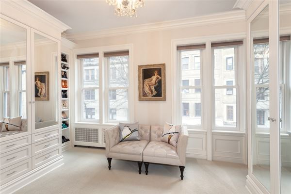 Luxury properties striking five-story Manhattan townhouse