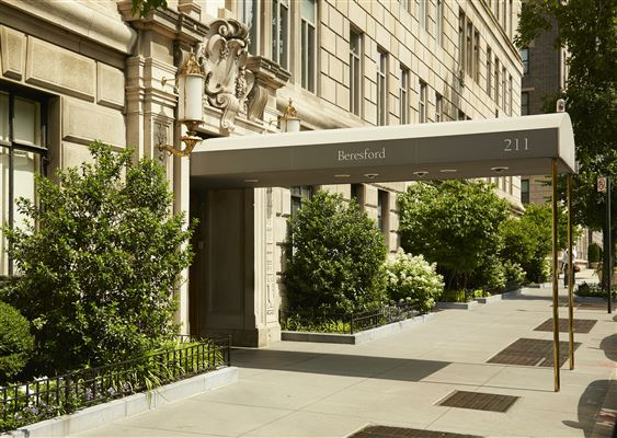 Genius at Work luxury real estate