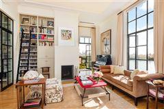Luxury homes Renovated Triplex Penthouse