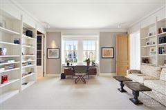 Luxury homes in Spectacular duplex apartment