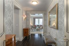 Mansions exclusive New York apartment on the 27th floor