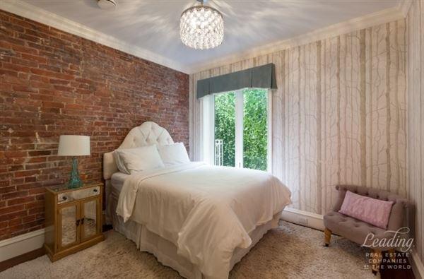 Luxury real estate MAGNIFICENT SOHO seven-BEDROOM RENTA