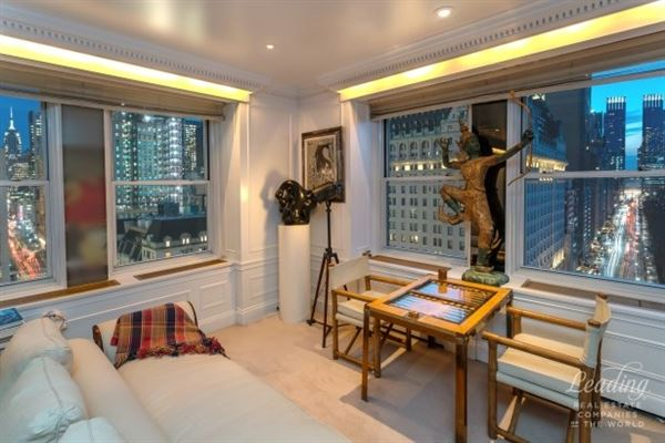 exquisitely detailed luxury residence luxury homes