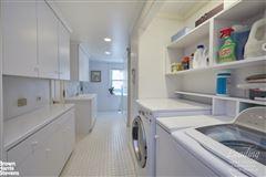 Luxury homes FULL FLOOR FIFTH AVE CONDOMINIUM