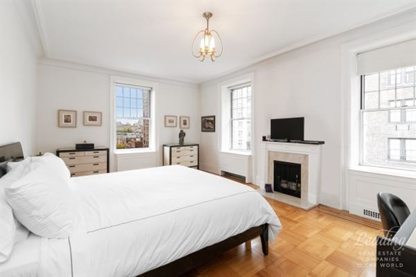 exquisite five bedroom rental with timeless details luxury properties