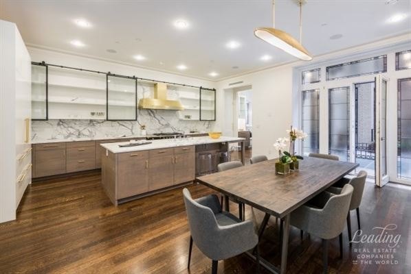 magnificent Beaux-Arts mansion for rent luxury homes