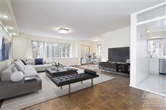 Luxury properties Beautifully Renovated Corner condominium