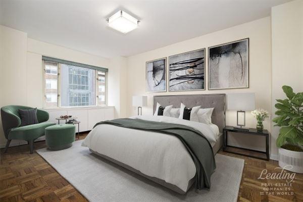 Luxury real estate Beautifully Renovated Corner condominium