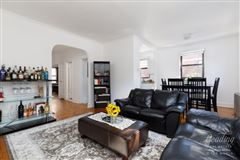 Perfectly positioned manhattan home luxury properties