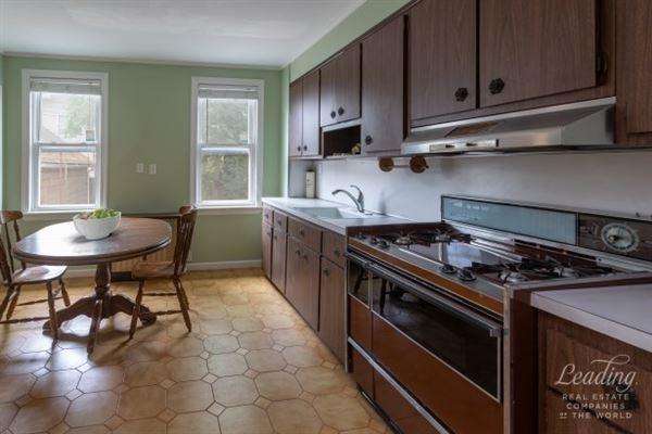 Prime Bensonhurst luxury properties