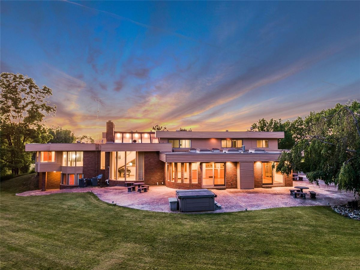 Spectacular Home in Warwick Hills Estates mansions