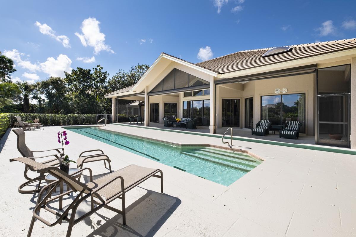 Luxury homes in The Pinnacle of Florida Living