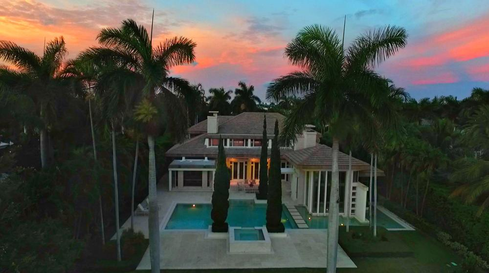 Dramatic Sophistication in North Palm Beach luxury homes
