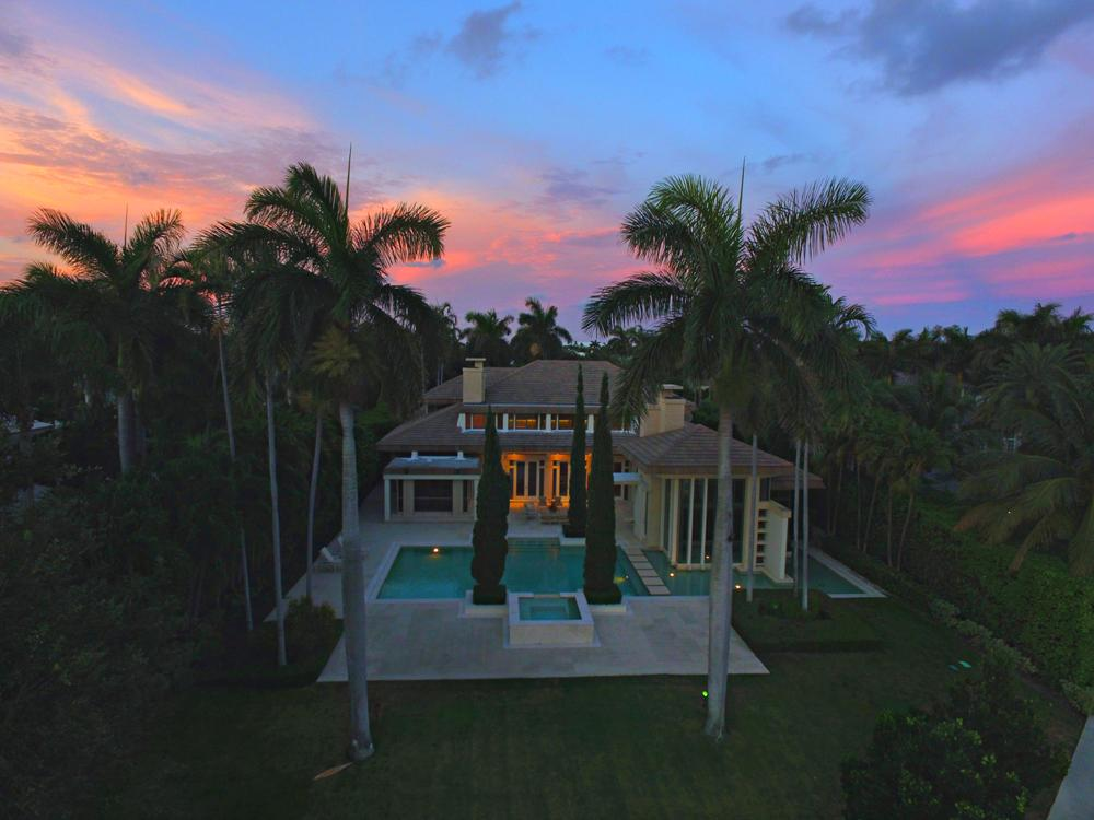 Luxury real estate Dramatic Sophistication in North Palm Beach