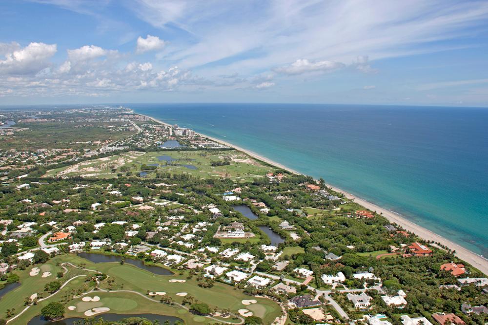 Luxury properties Tropical North Palm Beach Hideaway
