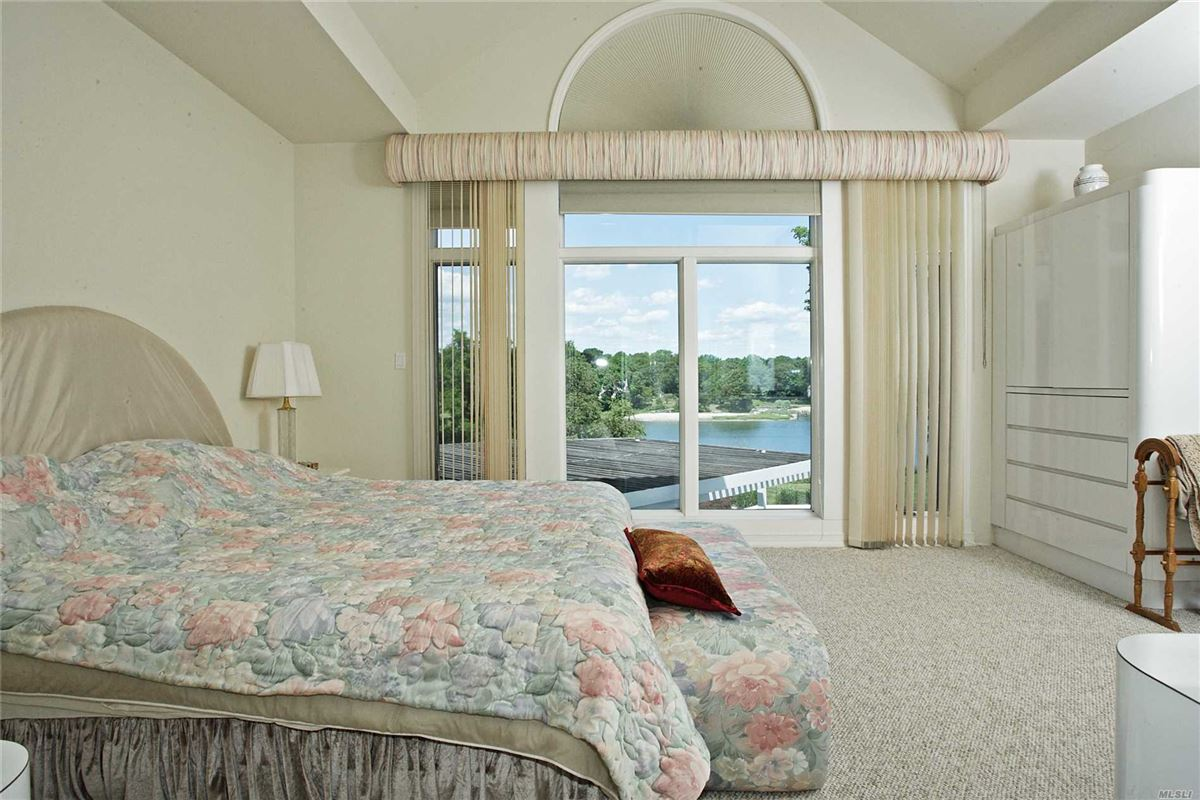 Luxury homes magnificent waterfront on puppy cove