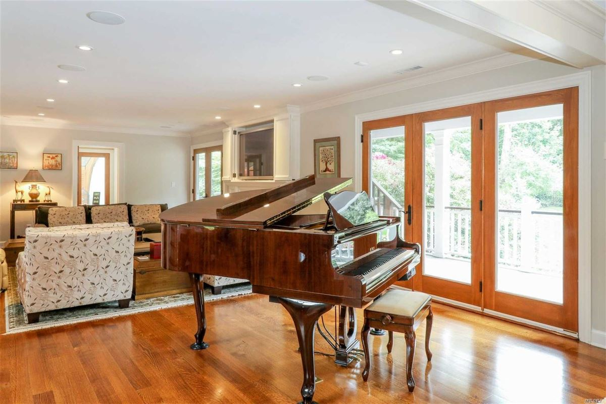 Luxury real estate Exceptionally Built Hampton Style Stunner