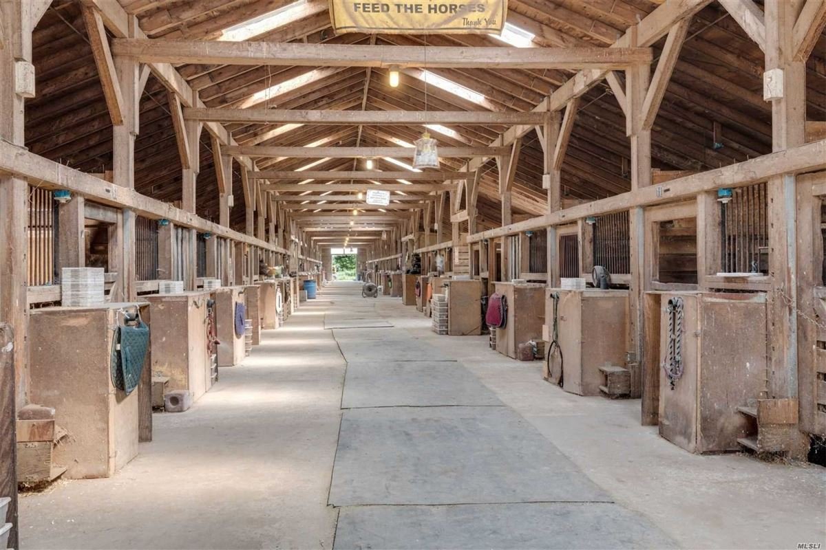 Dream Come True Equestrian farm luxury homes