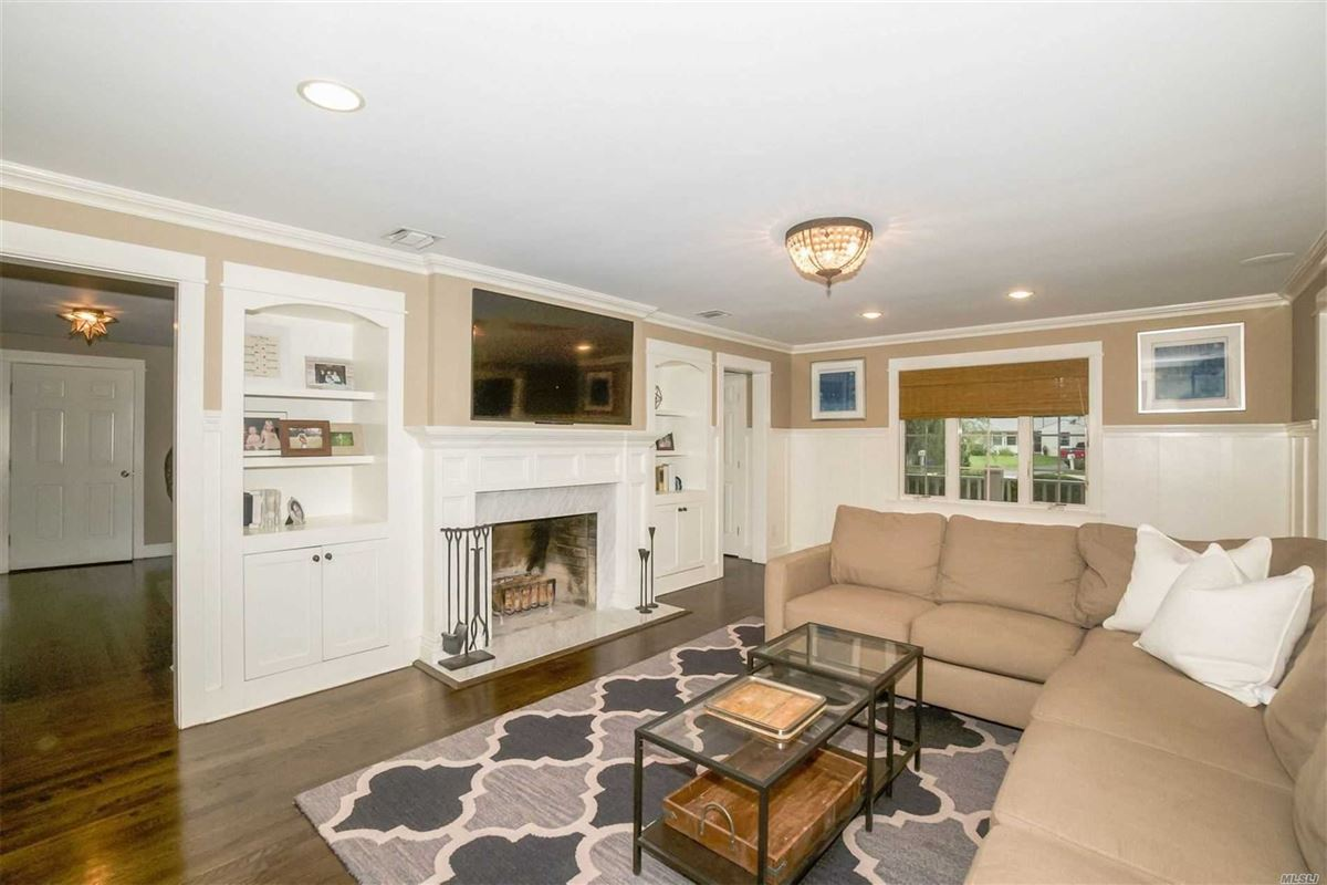 Luxury properties gorgeous colonial home on one acre