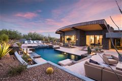 distinctive contemporary home in Stone Canyon luxury homes