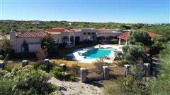 Luxury homes in Spanish Mediterranean beauty