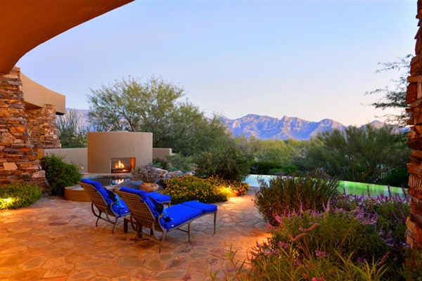 STUNNING DESERT CUSTOM HOME BOASTS AMAZING VIEWS   Arizona Luxury Homes    Mansions For Sale   Luxury Portfolio