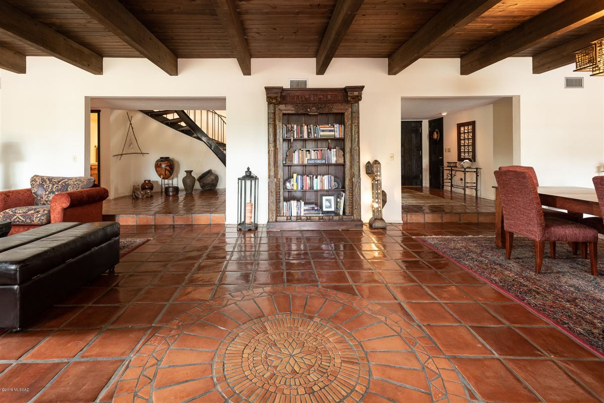 Private paradise  luxury properties