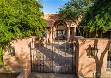 Luxury homes exclusive gated property in La Cholla Airpark