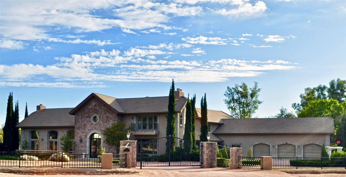 majestic estate in Arizona luxury homes