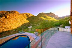 Luxury homes in ultimate privacy and luxury