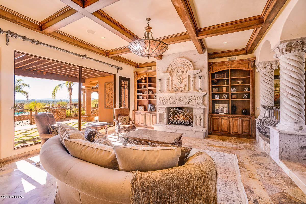 Luxury properties Premier foothills property